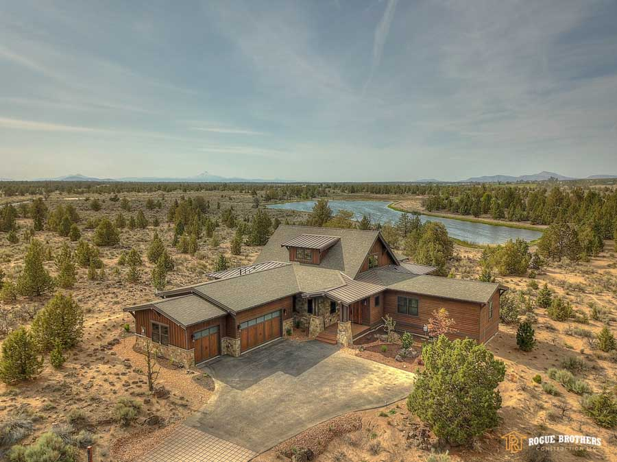 Bend DreamHome - custom home builder by Rogue Brothers