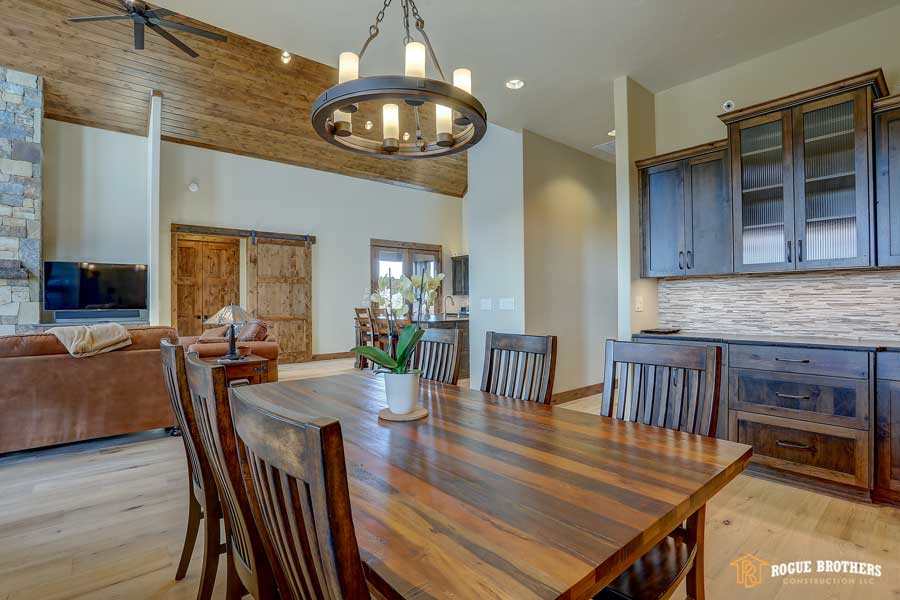 Bend Dining Room - custom home builder by Rogue Brothers